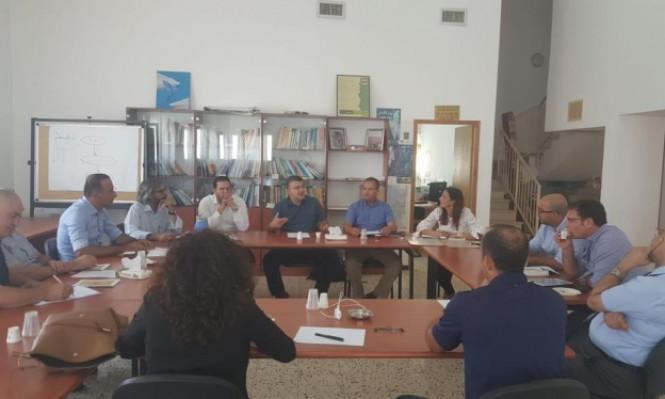 لجنة متابعة قضايا التعليم العربي تنظم طاولة مستديرة للتأكيد على تعزيز مكانة اللغة العربية
